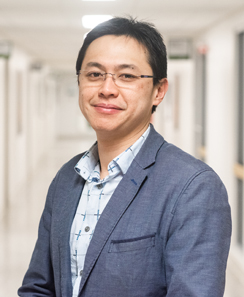 David Waye Tong - administrateur du milieu socioéconomique