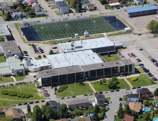 Photo aérienne du Collège d'Alma
