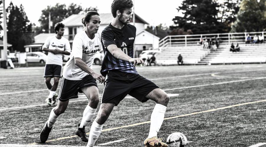 Joueurs de soccer en action 2018