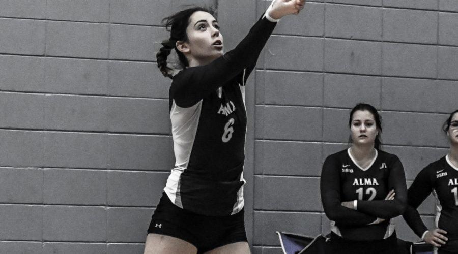 Joueuse de volleyball en action